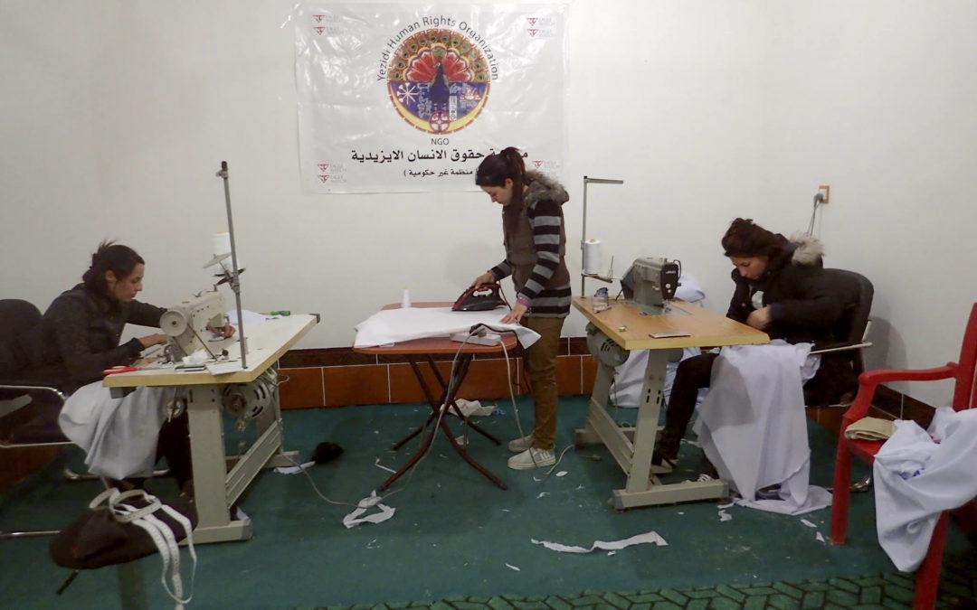 Zajęcia terapeutyczne i nauka zawodu dla kobiet jazydzkich uwolnionych z niewoli.