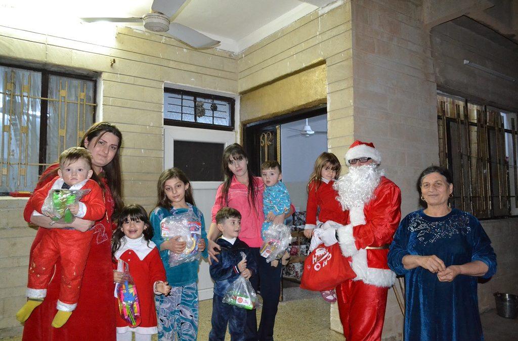 Boże narodzenie w Karakusz i Bartelli oraz wsparcie fundacji Orla Straż dla miejscowego szpitala