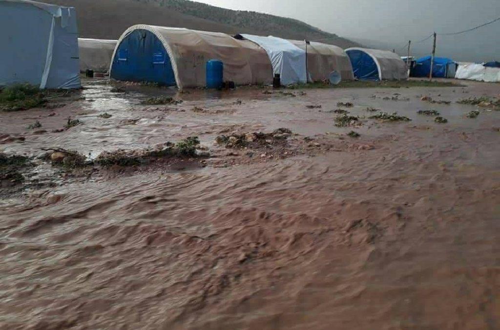 Potężna nawałnica spustoszyła obozy dla przesiedleńców – potrzebna pilna pomoc