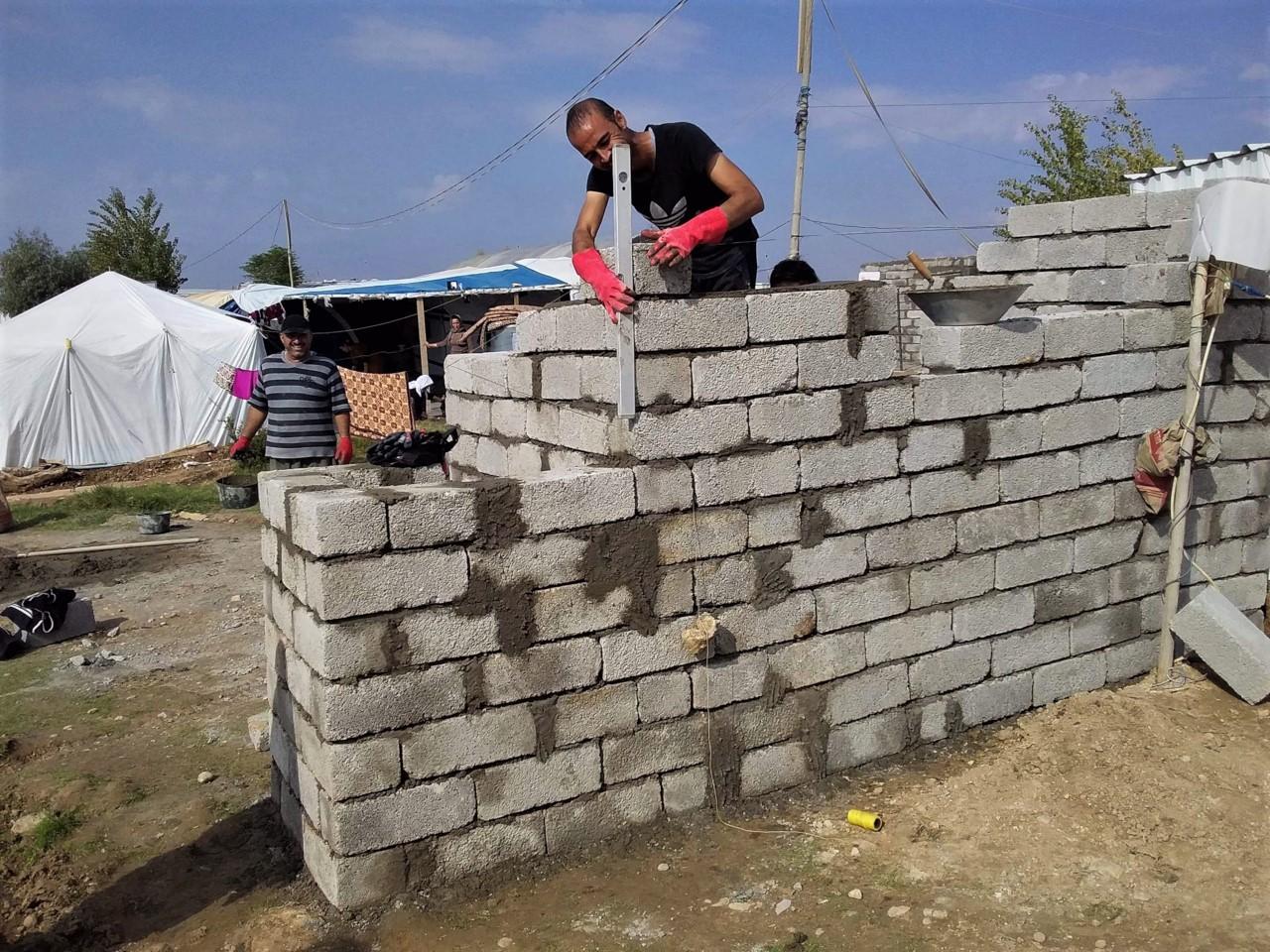 Budowa zagród