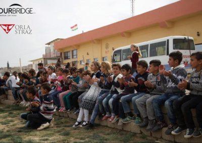 Autobus-dla-dzieci-w-Khanke-2