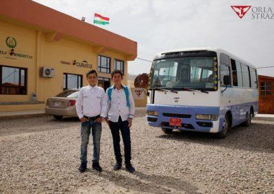 Autobus-dla-dzieci-w-Khanke-4