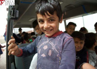Autobus-dla-dzieci-w-Khanke-7