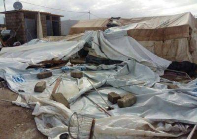 Nawałnica-która-zniszczyła-obozy-dla-przesiedleńców-1